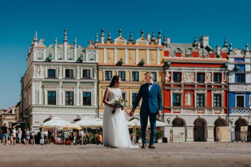 Plener Ślubny w Zamościu. Piękne stare miasto to idealne tło do ślubnej sesji. Zdjęcia w Zamościu są najlepszym tego dowodem