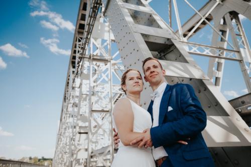 Stary most w Puławach to ciekawa alternatywa na plener ślubny